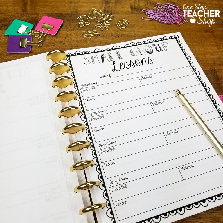 Classroom organization is important! My teacher binder helps me stay organized all year. Here are some of my favorite tips and ideas for putting together the best teacher planner. (I can't live without #5)